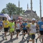 Гърци, турци и българи бягаха в знак на приятелство