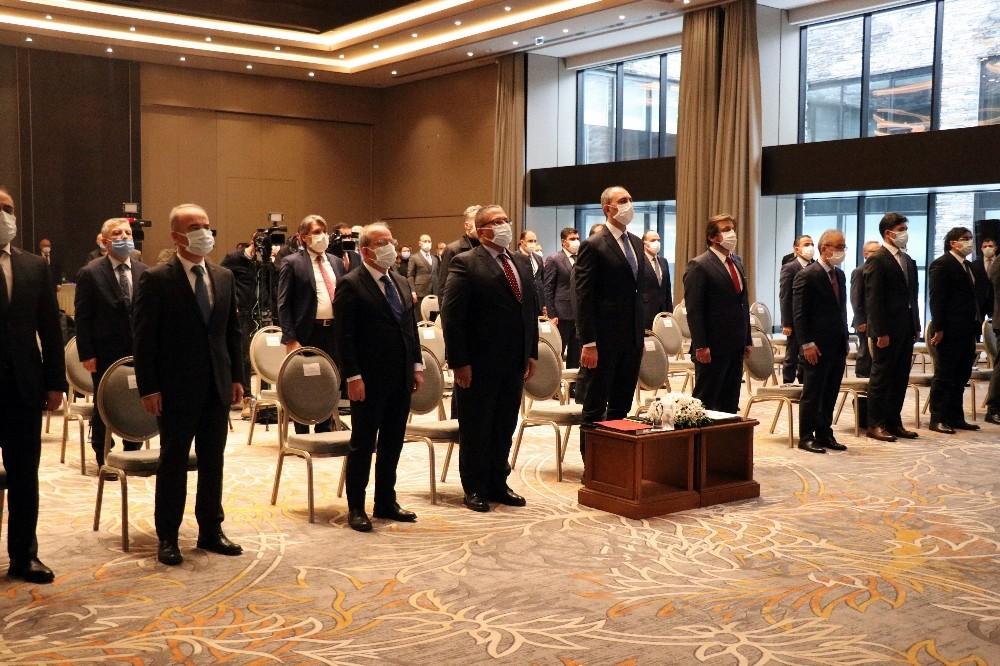 """Bakan Gül: """"Bugün bu katliamlara sessiz kalanlar, terörle mücadele ediyoruz diye insanlığı kandırmaya çalışmasın"""""""