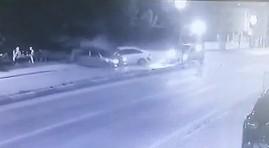 1'i çocuk toplam 5 kişinin yaralandığı kaza kamerada