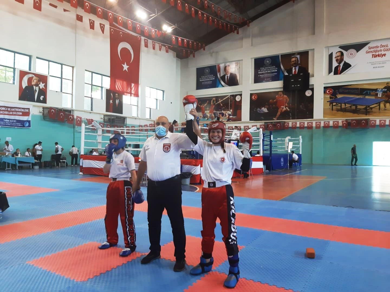Sakarya'nın sporcuları İtalya'da Türk Bayrağı'nı dalgalandıracak