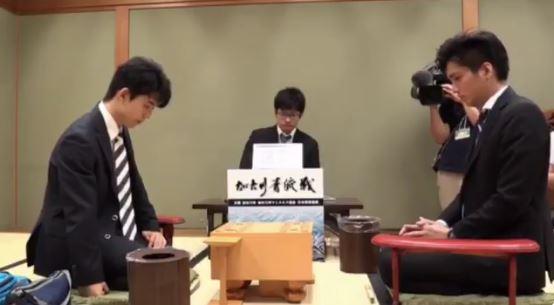 藤井聡太VS都成竜馬