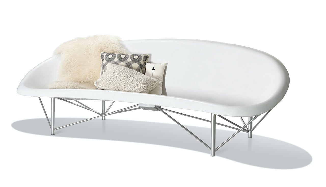 heated-outdoor-lounge
