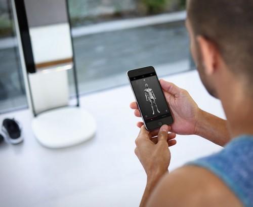 naked-3d-fitness-tracker-3