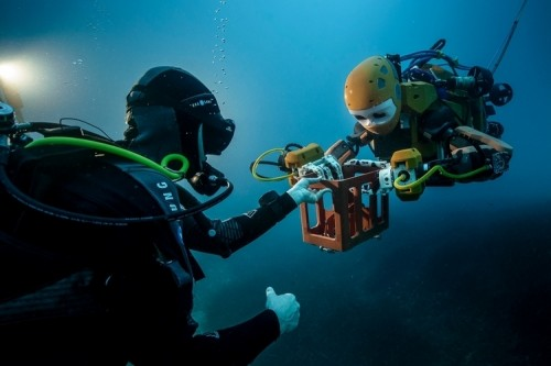 oceanone-diving-robot-2