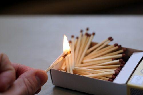 matches-596303_640