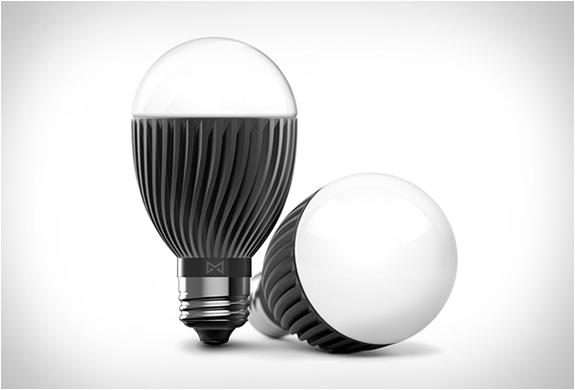 bolt-smart-bulb-2