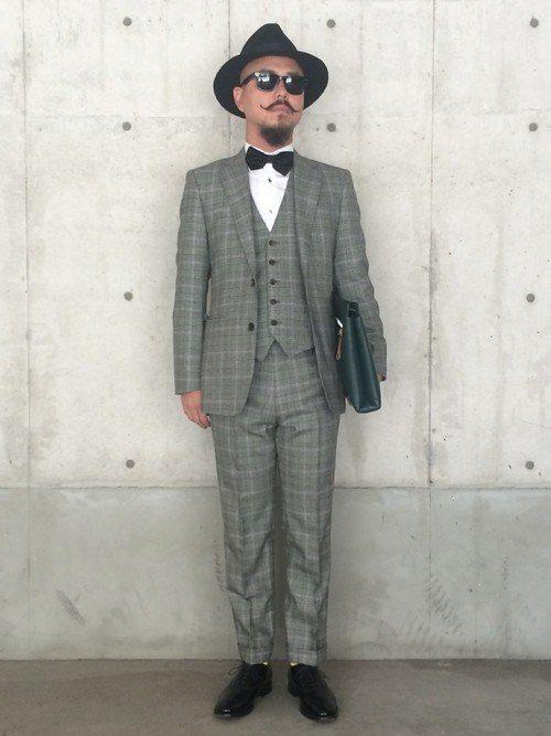 結婚式のおしゃれスーツファッション