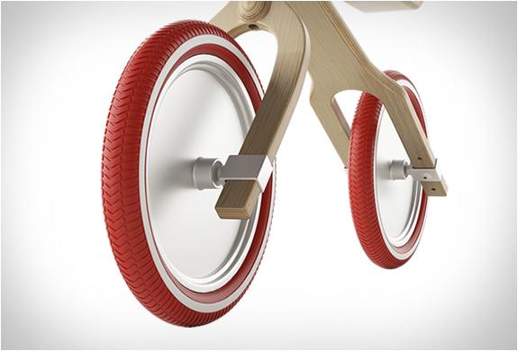 brum-brum-balance-bike-6