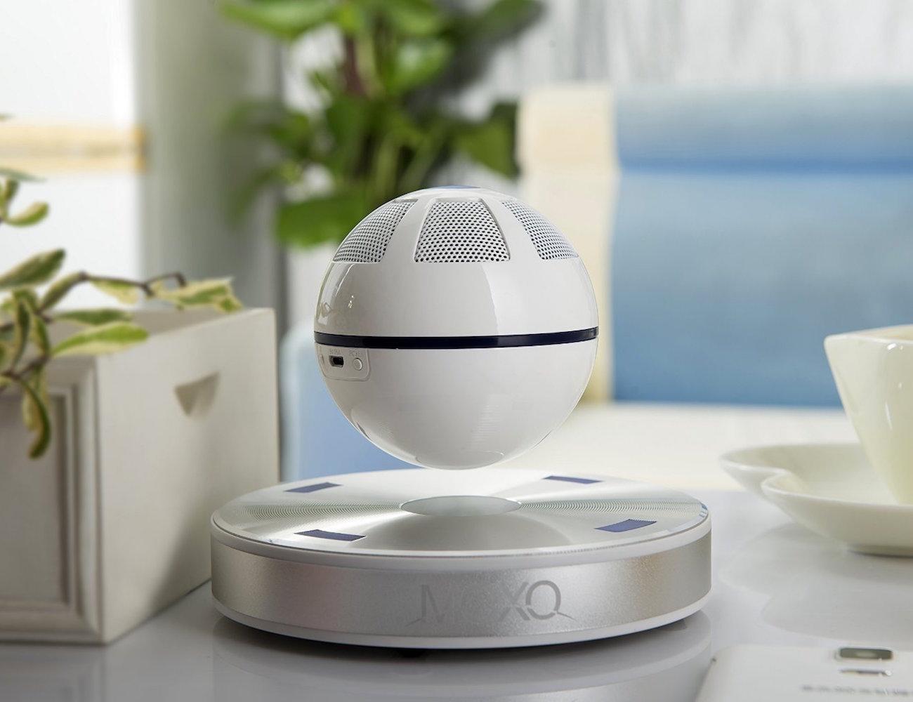 ICEORB-Floating-Bluetooth-Speaker-02