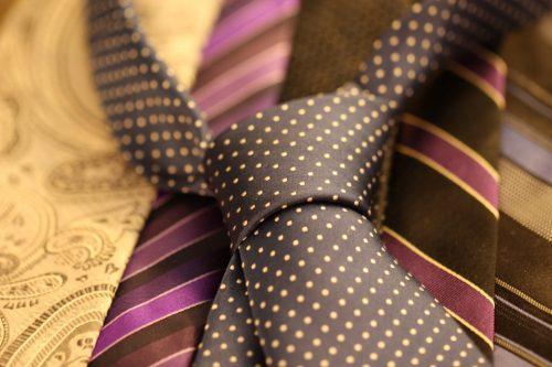 cravat-987584_960_720