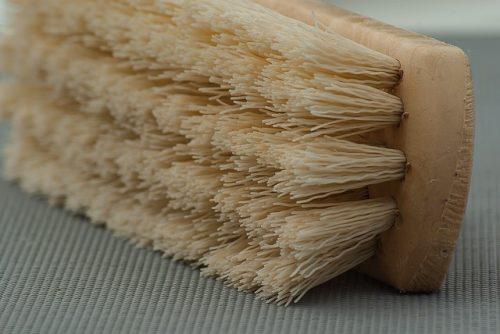 brush-1324467_640