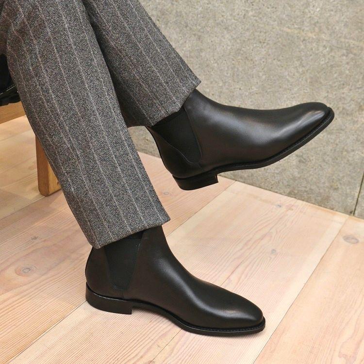 黒ブーツのイメージ