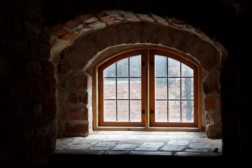 the-window-recess-1481359_640