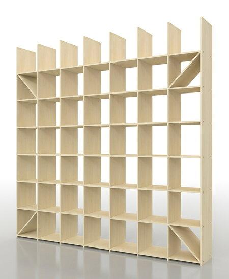 マルゲリータ(MARGHERITA) 壁一面の本棚