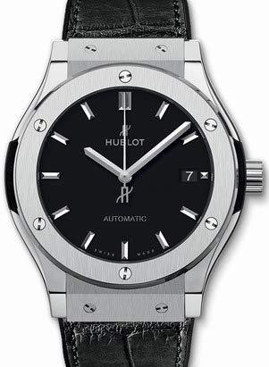 ウブロ(HUBLOT) クラシックフュージョン チタニウム腕時計 542.NX.1171.LR
