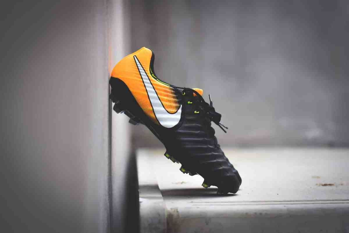 "Nike Tiempo Legend VII FG ""Black/Laser Orange"""