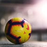 Nike lancerer 2018/19 Premier League Hi-Vis Bold