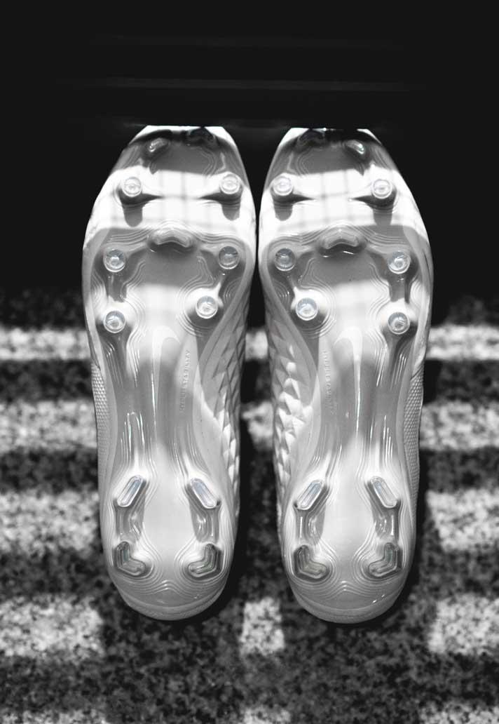 Nike præsenterer den nye Tiempo Legend 8 i to farvevarianter 3