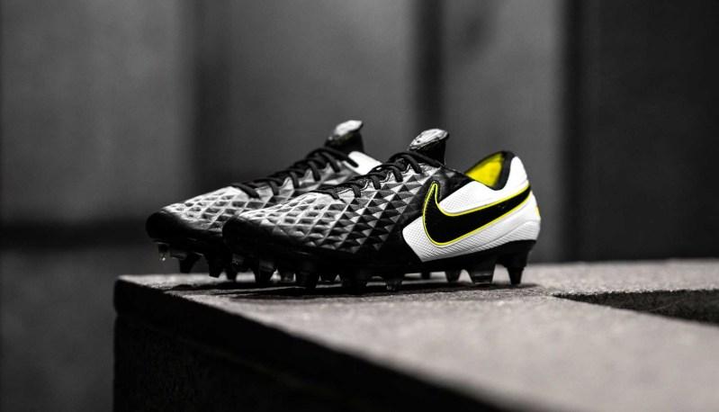 Nike præsenterer den sæsonpassende Tiempo Legend VIII (Sort/Volt) 1