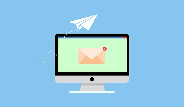 Computer Email Send Paper Plane  - Tumisu / Pixabay