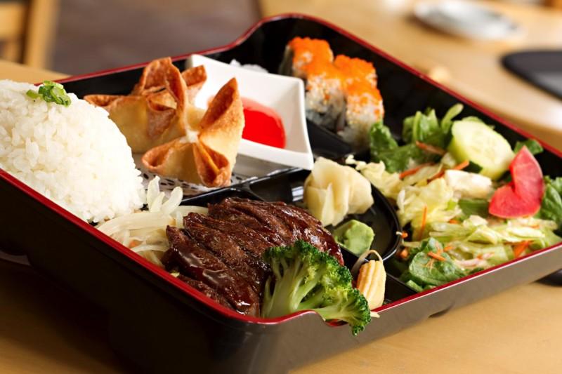 dinners bento boxes sakura hibachi sushi littleton. Black Bedroom Furniture Sets. Home Design Ideas