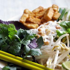 Bun Chay (Vietnamese Vegetarian Noodle Salad)