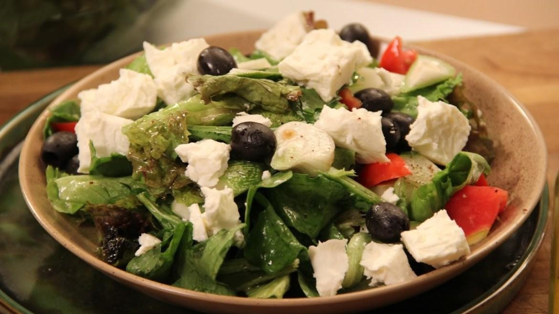 Greek Salad | Cooksmart | Sanjeev Kapoor Khazana