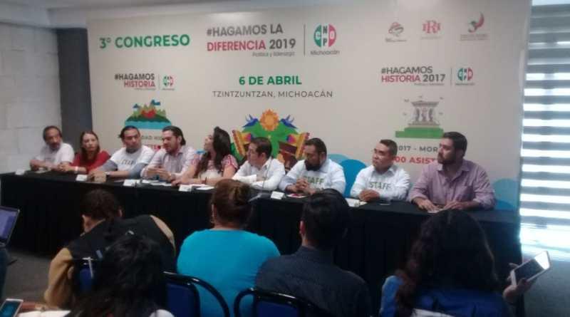 Capacitación política, fundamental para dar certeza a la sociedad: Xóchitl Ruiz