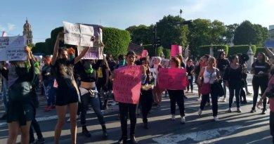 Exhibe activista campaña de Televisa contra Gobierno de Michoacán