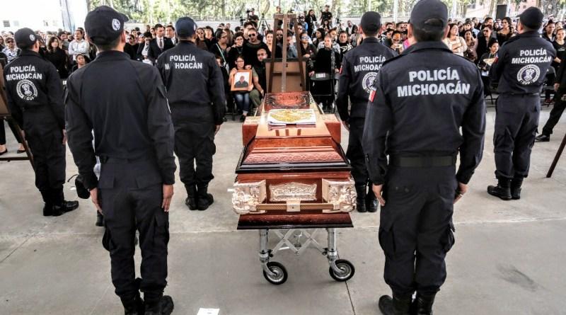 Michoacán llora a sus policías