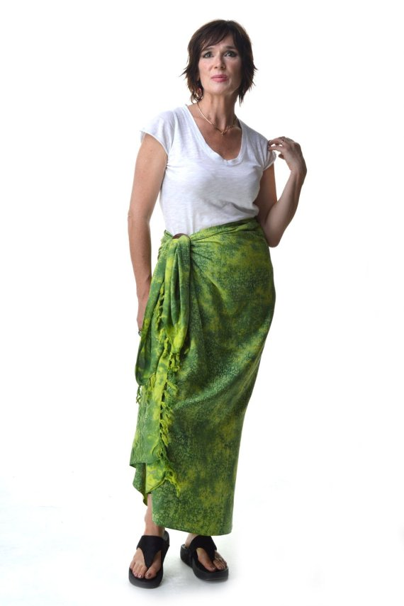 Batik Sarong with coconut shell by Ibu Indah