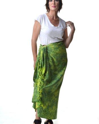 Batik Sarong with coconut shell by Ibu Indah