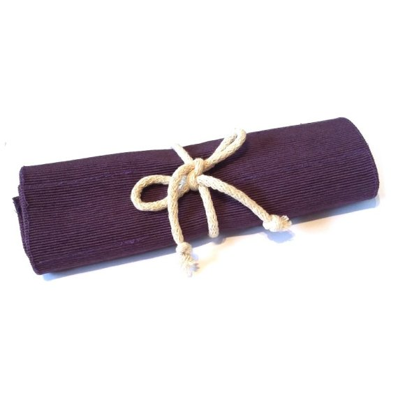 Crayon roll purple