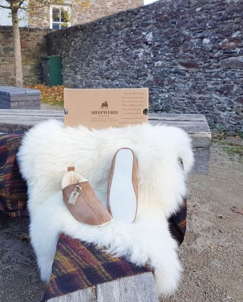 Shepherd Slipper Lina Henrik antique cognac soft sole