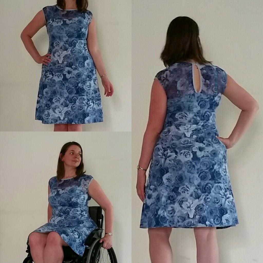 tricot jurk blauwe bloemen