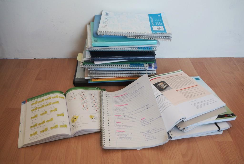 schoolboeken studeren