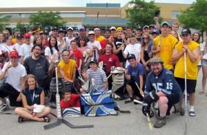 برای بزرگداشت جیسن شلتون دوستان او و علاقمندان به بازی هاکی در روز سه شنبه سوم جولای ۲۰۱۲ در مسابقه «گلی برای شلتون»  شرکت کردند.