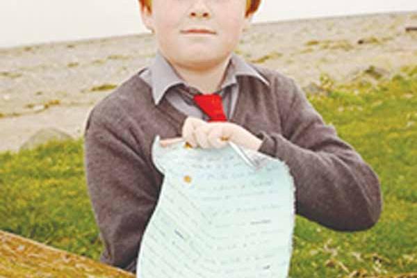 یادداشتی که ۸ سال پیش به دست Charlaine و Claudia در مونترال کانادا نوشته شده بود به دست ایسین میلی (Oisin Millea) در روستای Passage East در ایرلند پیدا شد.
