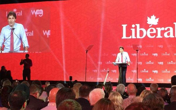 جاستین ترودو نخست وزیر کانادا و رهبر حزب لیبرال در حال سخنرانی