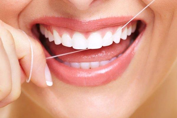 نخ دندان، آره یا نه؟