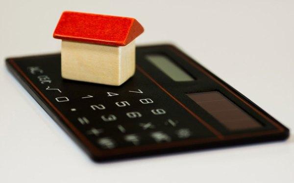 قیمت املاک نسبت به ماههای قبل کاهش پیدا کرده