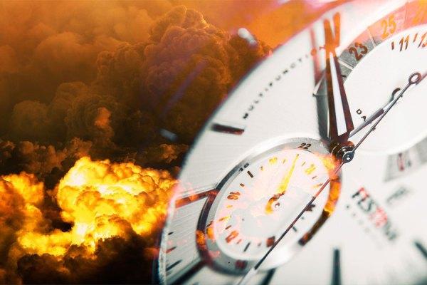 اکنون اگر ساعت را چک کنید دو و نیم دقیقه بیشتر تا نیمه شب فاصله ندارد.