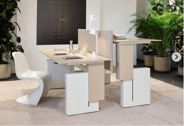 Luxury Height-adjustable office desk