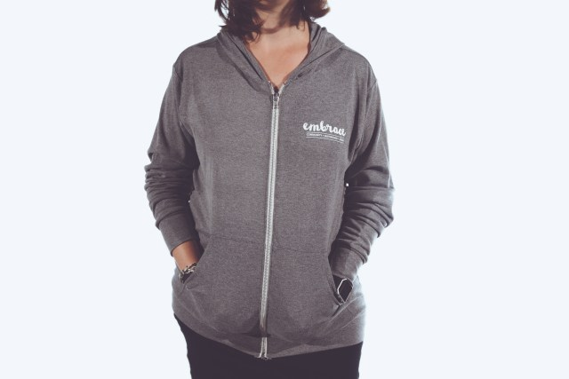 lr embrace hoodie 02