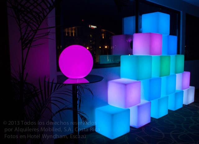 Mobiliario Iluminado en Venta y Renta Salas Lounge VIP