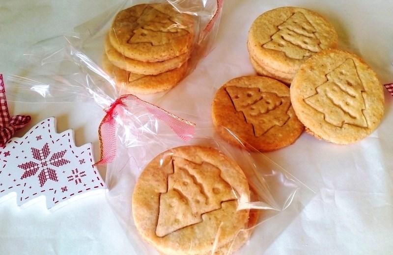 Szénhidrátcsökkentett keksz (pecsételhető vajas keksz)