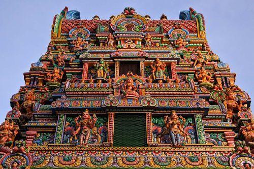 Wat_Khaek_Silom_Sri_Mariamman_Hindu_temple_Bangkok