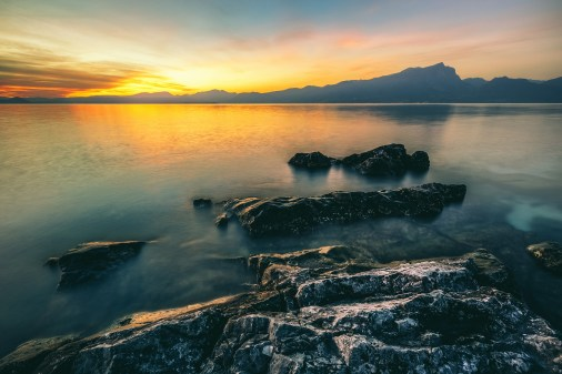 rocky-shore-sunset