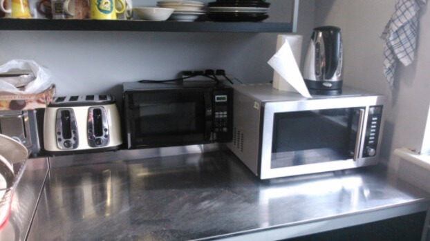 Cost-saving appliances in a kitchen