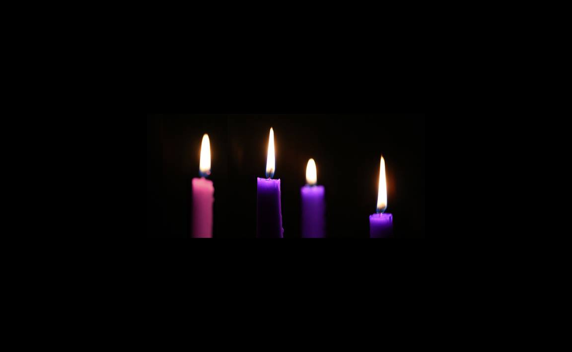 four-advent-candles-digest